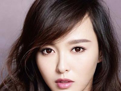 长脸女生显脸小的发型 长下巴高额头适合什么发型?