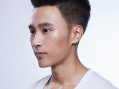帅哥莫西干飞机头发型 最新男生流行发型图片大全