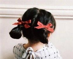 儿童蝴蝶结发饰龙8国际娱乐 摆脱沉闷打造可爱感