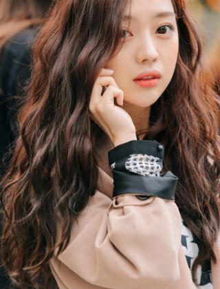 女生长发烫发卷发图片 韩式时尚卷发发型图片大全