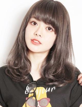 空气感齐刘海发型 圆脸方脸最适合的刘海!
